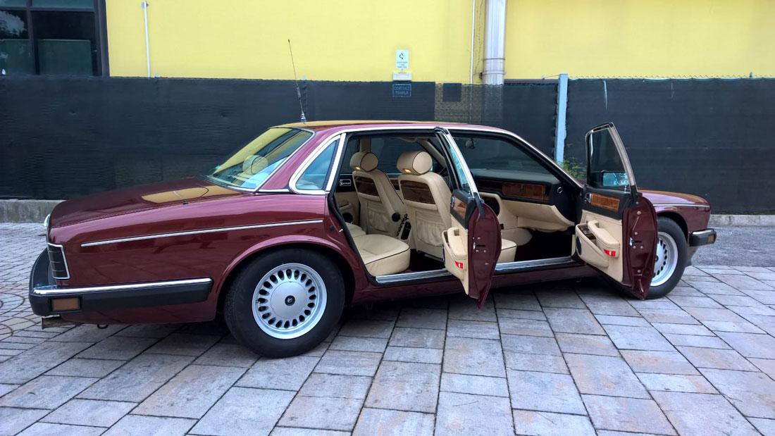http://www.mezzistoricimarchetti.it/wp/jaguar-daimler-xj40/